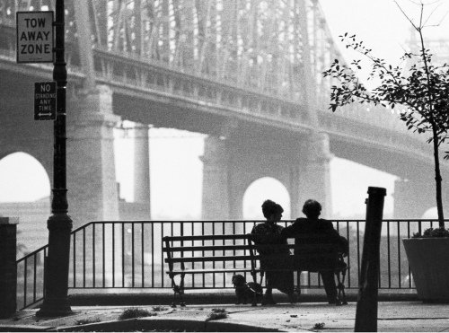 Manhattan (1979) Directed by Woody Allen Shown from left: Diane Keaton, Woody Allen